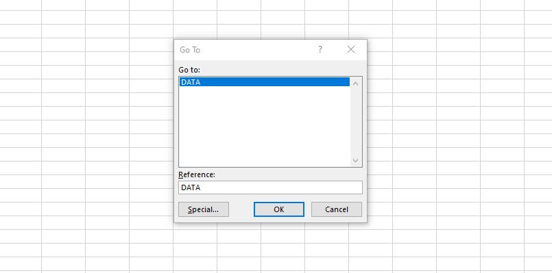 Menggunakan fungsi Go To di Excel